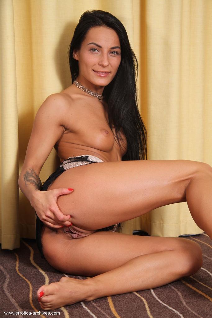 Lexy Dona